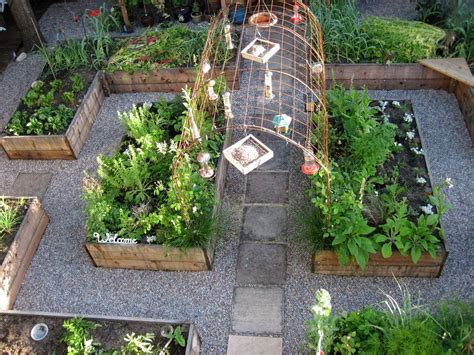 what to plant in raised vegetable garden raised bed vegetable garden design raised bed vegetable
