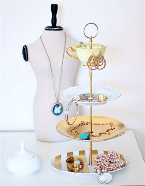 how to make jewelry stands and displays 15 diy jewelry holders