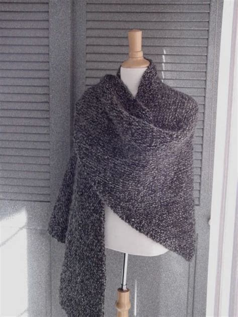 easy shawls to knit free patterns this easy shawl is all one stitch so it s easy to knit
