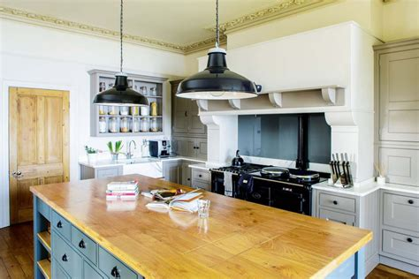 Retro Kitchen Islands 25 country style kitchens homebuilding amp renovating