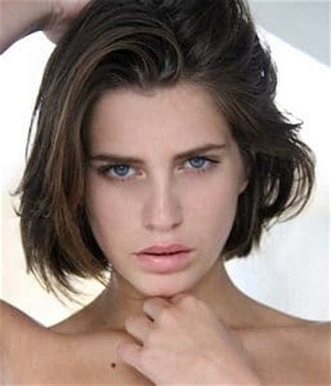 medium length wash wear hairstyles short wash and wear haircuts rachael edwards