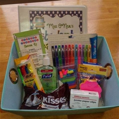 gifts for students from teachers 25 best ideas about gift baskets on