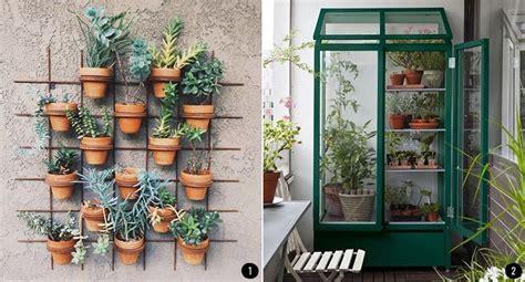 decorar jardines con rejas exteriores con plantas patios terrazas jardines