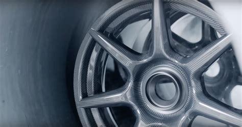 Porsche Carbon Fiber Wheels by Porsche S Carbon Fiber Wheels Costly But Cool