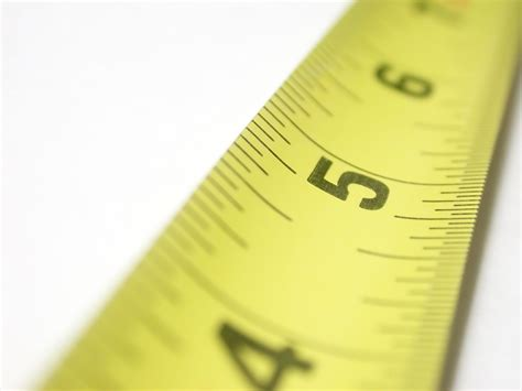 how are measured measuring architectural glass