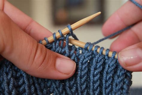 knitting lessons sewing and knitting patterns ideas beginner knitting