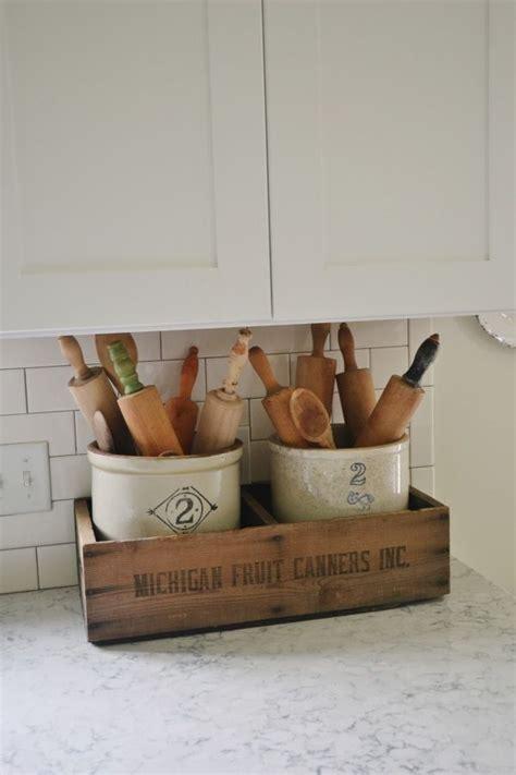 vintage kitchen decor ideas best 25 antique kitchen decor ideas on