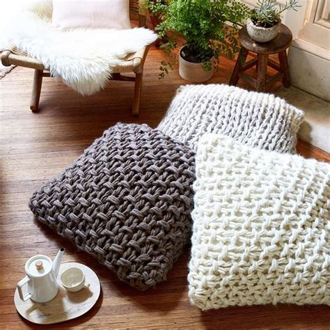 how to knit without needles 1000 ideas about knitted pillows on knitted