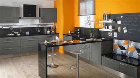 ophrey cuisine gris vert bois pr 233 l 232 vement d 233 chantillons et une bonne id 233 e de concevoir