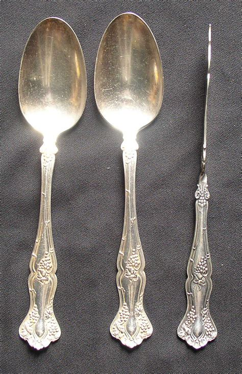 silverware rubber st 1847 rogers bros vintage pattern butter knife 2 spoons
