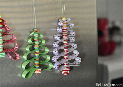 how to make decorations for the tree 23 cool diy tree decorations to make with