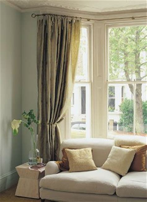 Blinds For Bow Windows Ideas the 25 best ideas about bay window curtains on pinterest