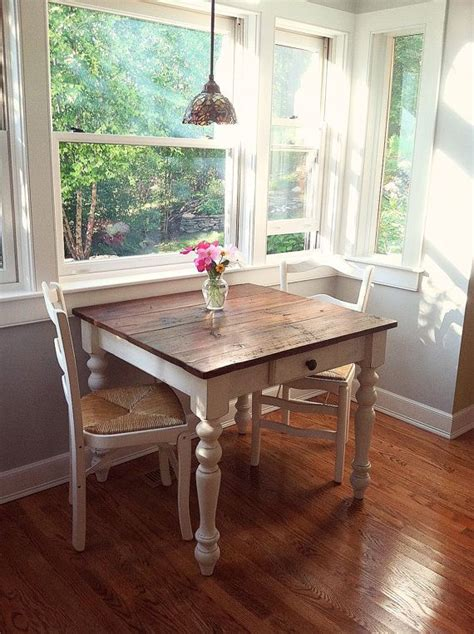 small kitchen dining tables 25 best ideas about small dining tables on