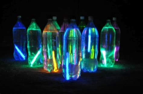 glow in the water glow sticks in water bottles for glow in the bowling