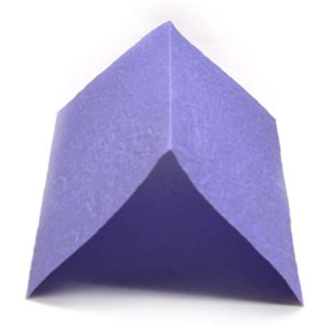 origami mountain fold how to apply a mountain fold in origami animated