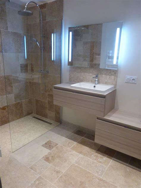 r 233 novation d une salle de bains w c en travertin sur vitrolles carrelage int 233 rieur et