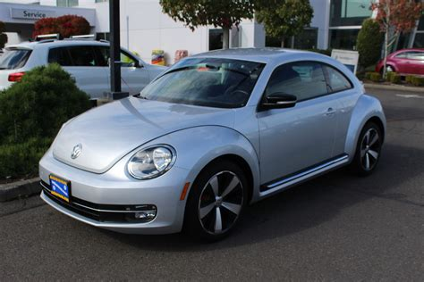 Volkswagen Beetle Pre Owned by Pre Owned 2013 Volkswagen Beetle Coupe 2 0t Turbo 2dr Car