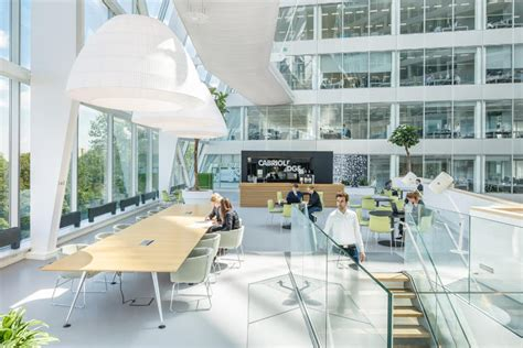 Design Your Garage Interior this frighteningly smart office building knows exactly