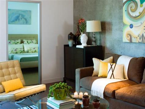 paint colors for living room feng shui 10 tips for picking paint colors color palette and