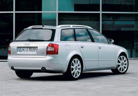 Audi A4 2004 Review by Audi A4 Avant 2001 2004 Photos Parkers