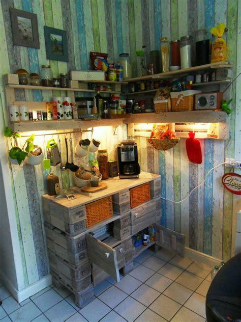How To Update Old Kitchen Cabinets schrank aus europaletten k 252 chenschrank palettenversion