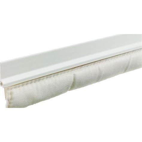 la pose d un bas de porte textile isolant efficace pour vos portes d entr 233 e