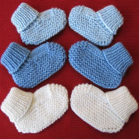 baby booties knitting pattern cozy baby booties knitting pattern with free offer for