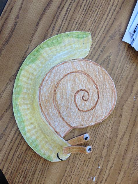 snail paper plate craft paper plate snail craft education