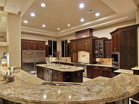 big kitchen ideas best 25 big kitchen ideas on kitchens microwave in pantry and large kitchen