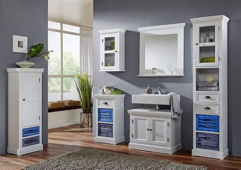 Qualitäts Badezimmermöbel by Badezimmerm 246 Bel Landhausstil Wei 223 Charmant Und Aus Holz