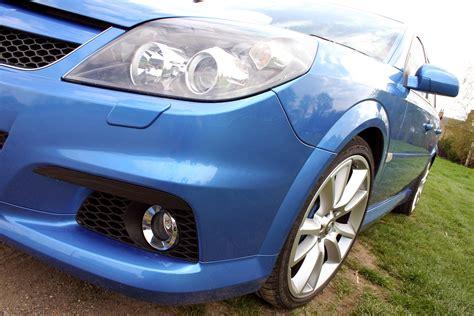 vauxhall vectra hatchback 2005 2008 driving vauxhall vectra vxr 2005 2008 driving performance