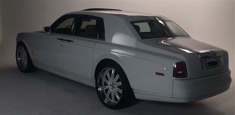 Local Limousine by Dependable Local Limousine Service By Extravagant
