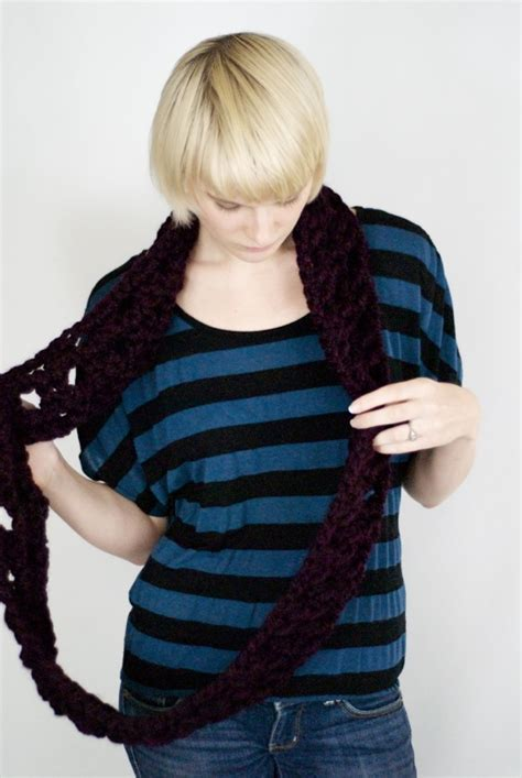johnny vasquez knitting window pane infinity scarf free pattern new stitch a day