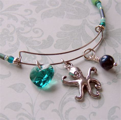 How To Make An Expandable Wire Bangle Bracelet Rings And