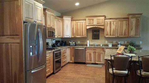 hickory kitchen cabinets hickory kitchen cabinets furniture