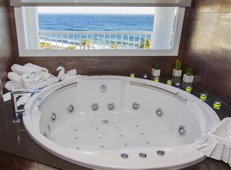 hoteles con jacuzzi en la habitacion malaga hoteles con jacuzzi privado en la habitaci 243 n en andaluc 237 a
