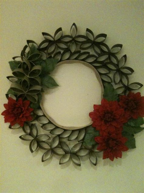 toilet paper roll wreath craft 1000 images about toilet paper roll crafts on