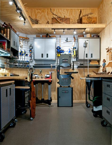 build a woodworking shop wood carver s workshop
