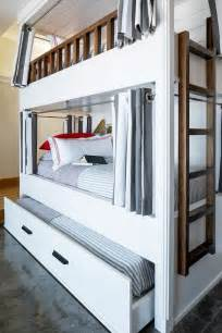 bunk beds with trundle best 25 trundle beds ideas on trundle
