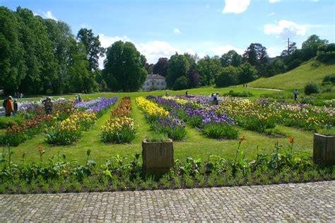 Der Garten 1980 by Park Im Gr 252 Nen Gr 252 N 80 M 252 Nchenstein Via