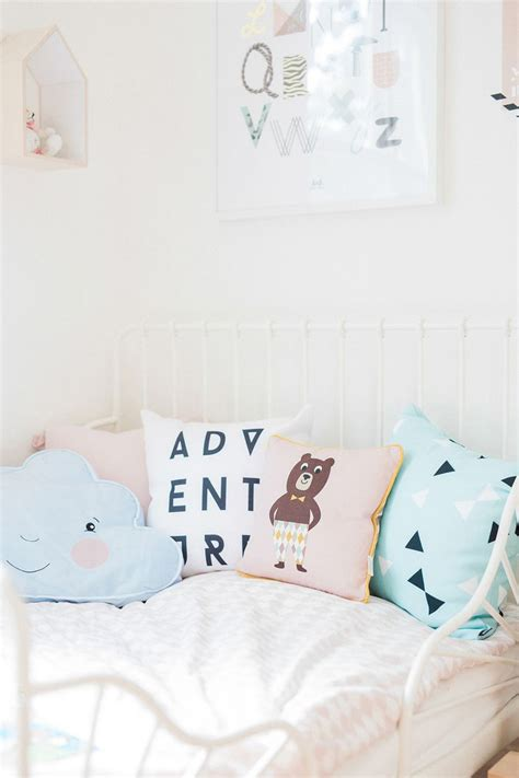 ikea toddler to bed 1000 ideas about ikea toddler bed on target