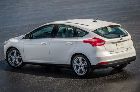 2015 Ford Focus Hatchback by 2015 Ford Focus Hatchback Rear Side View From Above Photo 33