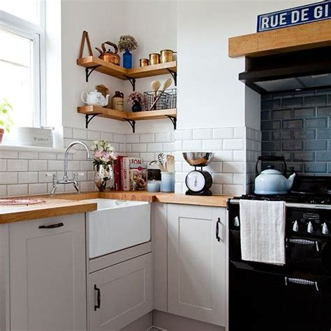 small country kitchens 5 news kitchens designs ideas de 25 bedste id 233 er inden for small kitchen diner p 229