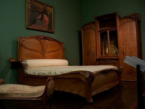 nouveau bedroom furniture les propos de 19 rue montrosier march 2010