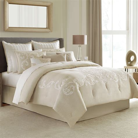 manor hill comforter set manor hill verona complete bedding set from beddingstyle