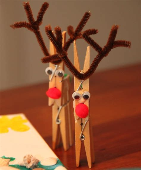 reindeer craft projects clothespin reindeer crafts