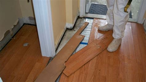 hardwood vs laminate flooring hardwood vs laminate flooring in kinnelon nj wood