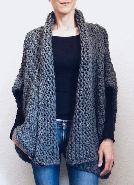 how to knit a shape for beginners 1000 ideas about shrug knitting pattern on