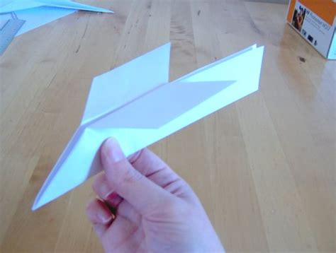 how to make a card fly around you bauer relationship