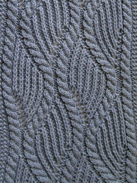 cable stitch knitting knit scarf pattern brioche and traveling cable knitting